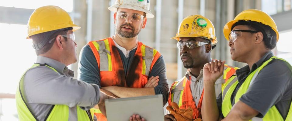 Asite_Blog_Overcoming_3_Roadblocks_to_Retrofitting_Workers_Tablet_Skills