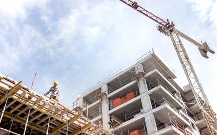 Asite_Blog_Unlocking_the_Power_of_Modern_Methods_of_Construction_Crane_Building_Site