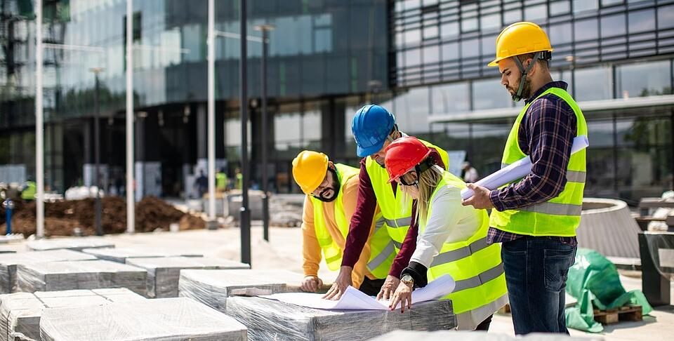Construction_Workers_Global_Data_Sharing-1